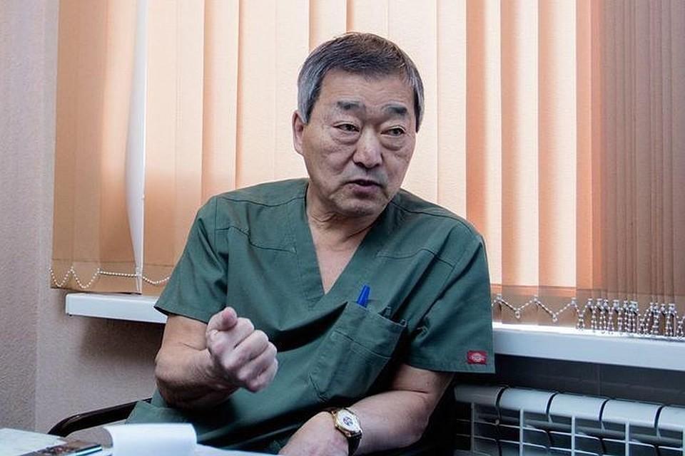 Заслуженный врач РФ Юрий Тен
