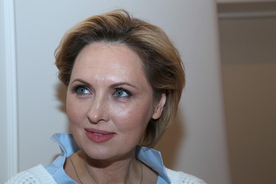 Актрисы Елена Ксенофонтова