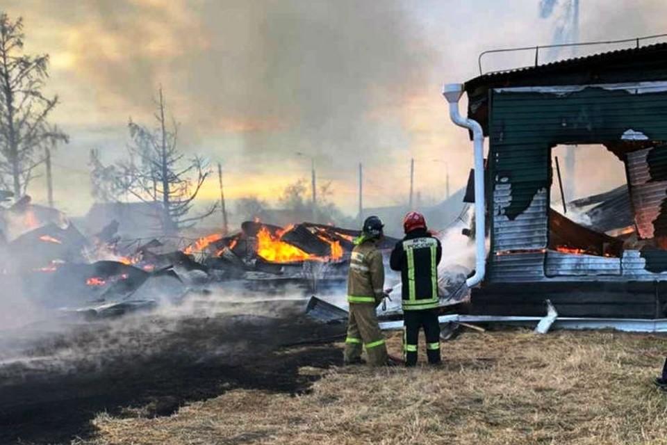 Названа причина пожара в школе Большого Голоустного. Фото: ГУ МЧС России по Иркутской области