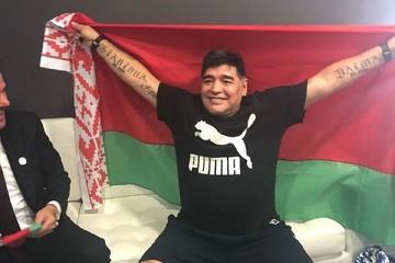 Умер Диего Марадона. В Бресте он целовал белорусскую землю и сказал, что мог бы остаться жить в Беларуси