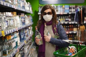 Опрос: а вы из-за коронавируса стали чаще налегать на спиртное?