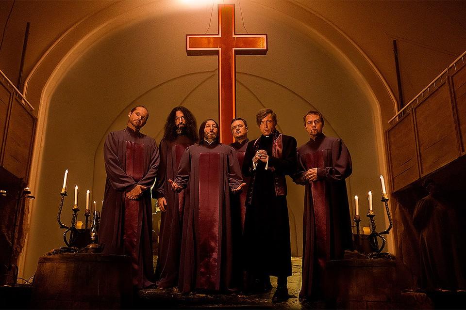 Новый клип Би-2 - это полноценный фильм с сюжетом в духе готических романов.