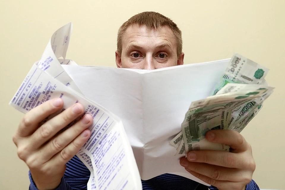 Долги россиян по коммуналке стремительно растут