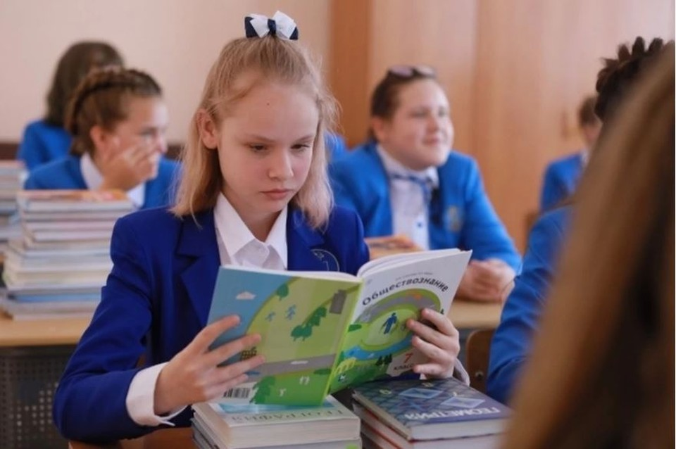 Практически все дети продолжают учиться в очном формате.
