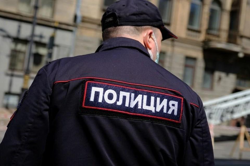 Под Новосибирском в перевернутой машине обнаружили мертвого парня. Фото: КП