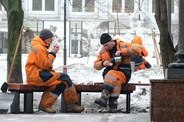 В Москве дворник из Киргизии нашел на улице потерявшегося восьмилетнего мальчика