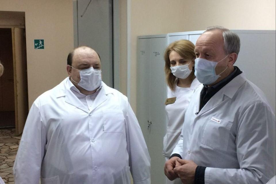 Министр Костин доложил губернатору Радаеву, что в регионе зафиксированы первые случаи повторного заражения коронавирусом