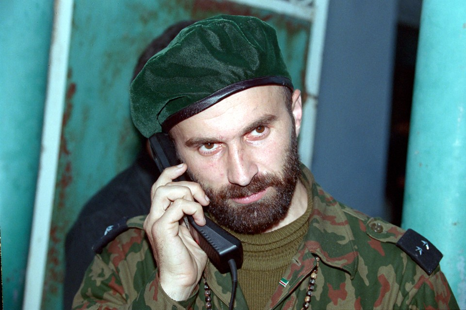 Не только в России, но и в США Басаев именуется террористом и опубликовали ссылку на соответствующее определение Госдепа