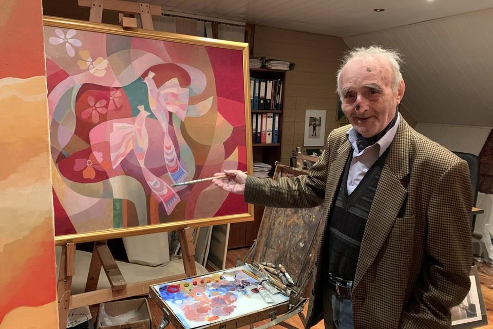 В советское время Марлен Григорьевич был главным столичным художником-оформителем Дворцов Бракосочетаний