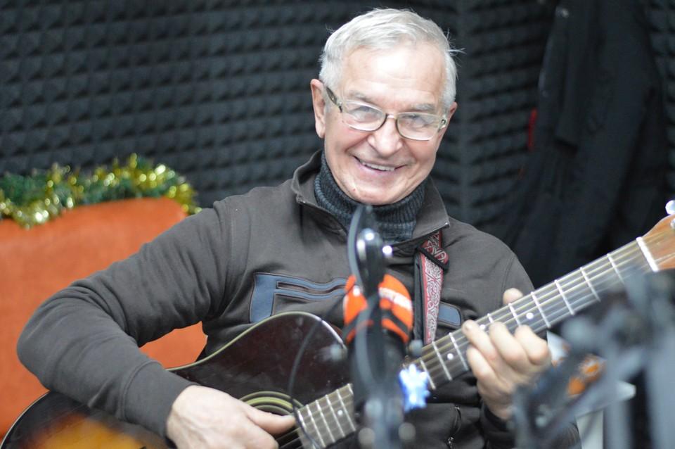 Александр Ковалев, автор и исполнитель