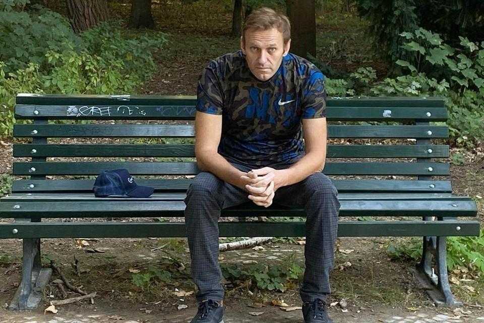 Прокладывая дорогу к власти, Навальный мочит свои спецслужбы с помощью иностранных