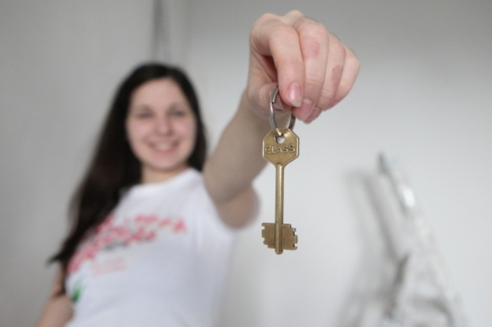 Эксперты советуют покупать жильё сейчас, а не ждать более выгодных ставок, снижения цен или новогодних скидок.