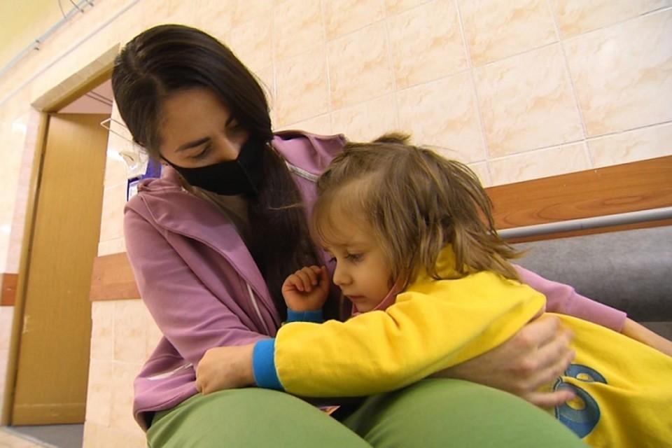 Врачи вновь напоминают об опасности мелких, тем более, магнитных игрушек, для маленьких детей. Фото: департамент здравоохранения ЯНАО