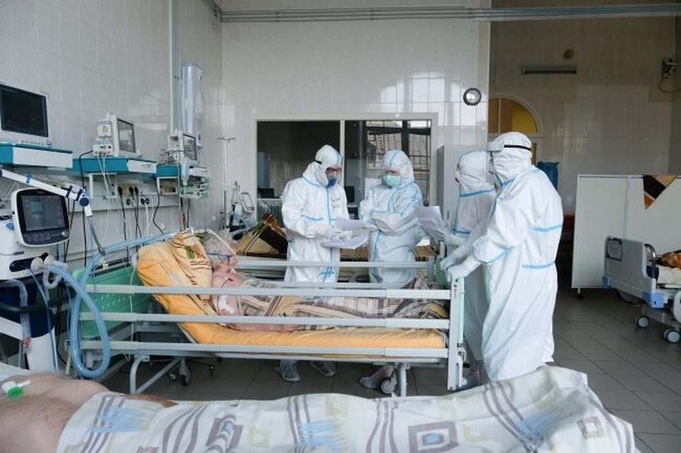 За сутки от COVID-19 в Приморье от новой болезни скончались еще 3 человека
