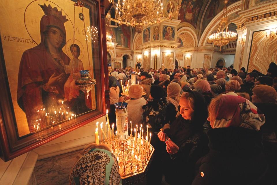 Рождественские богослужения пройдут в 65 храмах Нижнего Новгорода.