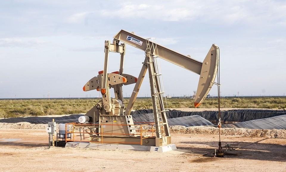 Россия и Казахстан нарастят добычу нефти, хотя остальные страны ОПЕК+ ее сокращают