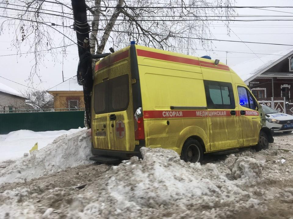 Скорая помощь попала в ДТП в Дзержинске в новогодние праздники. Фото: Анастасия Герцун