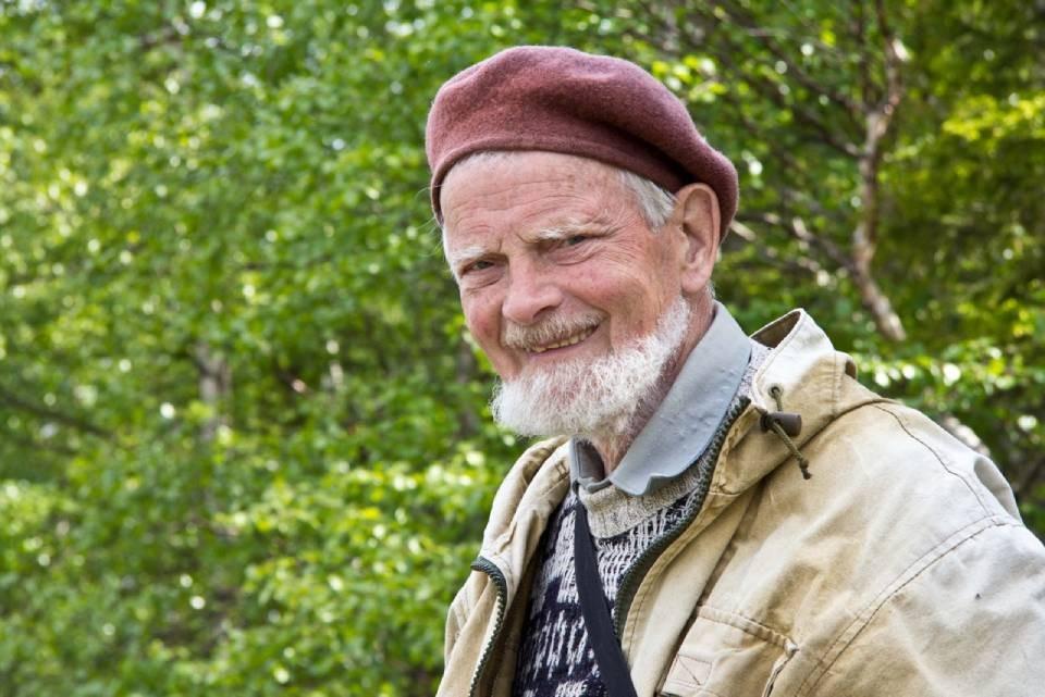 Известному российскому орнитологу, заслуженному экологу РФ, доктору биологических наук и почетному гражданину Кандалакши исполнилось 95 лет. Фото: vk.com/clubzapovedkand