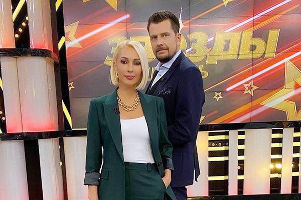 Лера Кудрявцева с соведущим Александром Колтовым, который погиб минувшей осенью