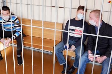 В Гомеле за «коктейли Молотова» на протестах судят школьника и двоих взрослых