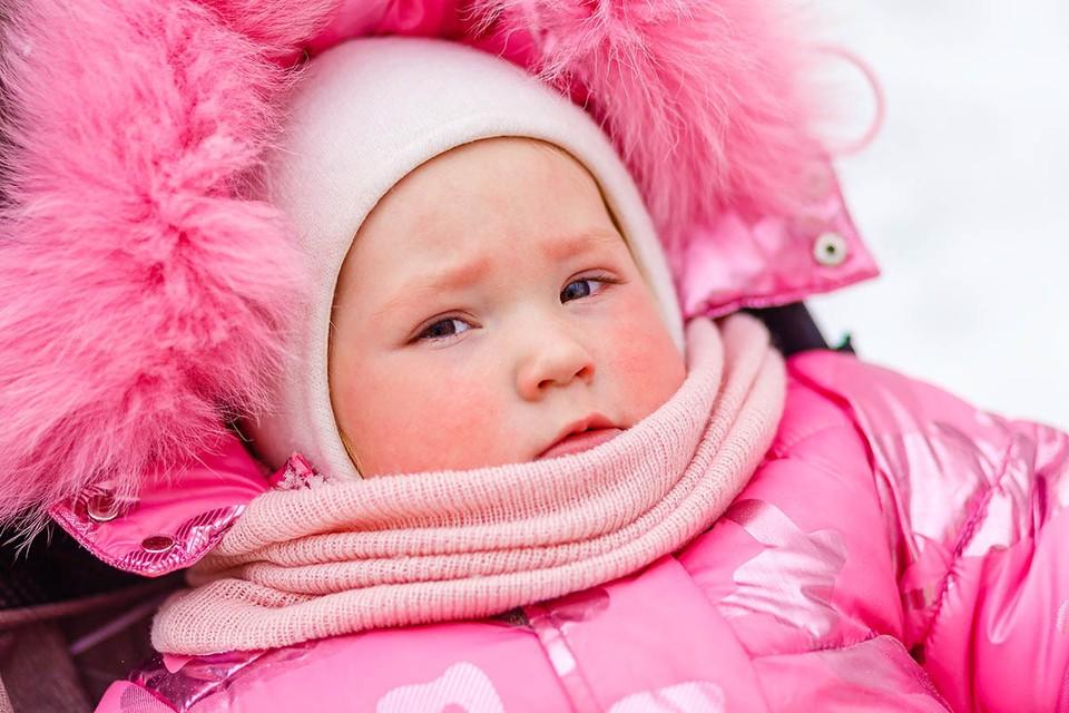 Реакция на холод у детей до трех лет может быть различной