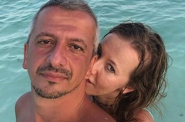 «В углу на коврике»: Собчак рассказала, как относится к любимым мужчинам