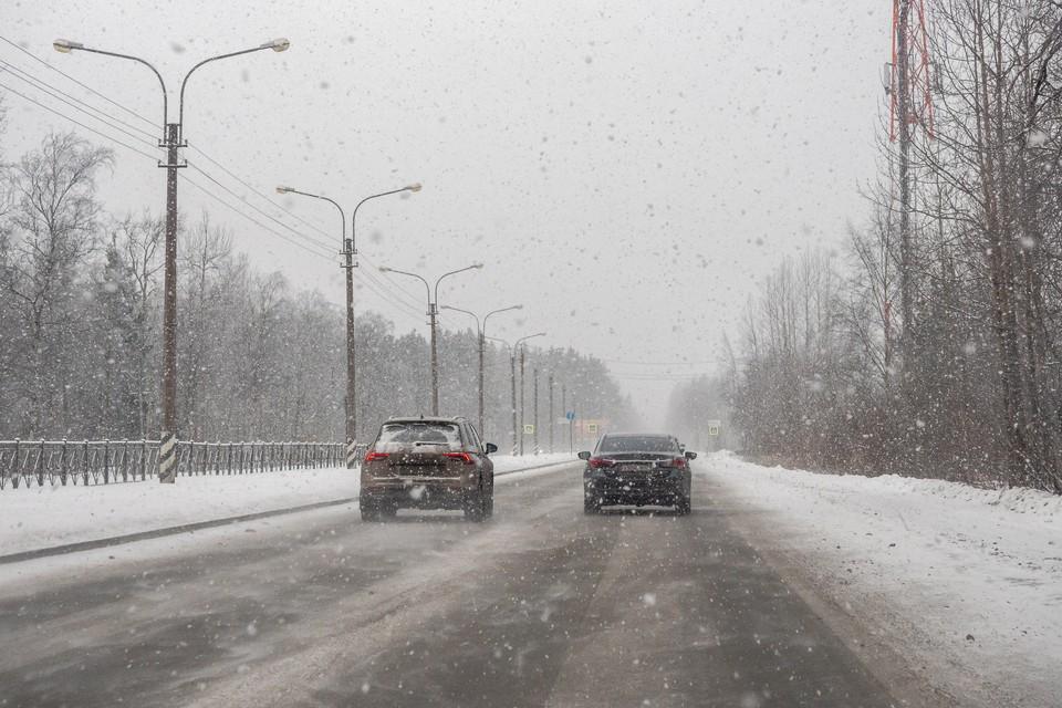 Сильный снегопад ждут в Ленобласти 29 января.