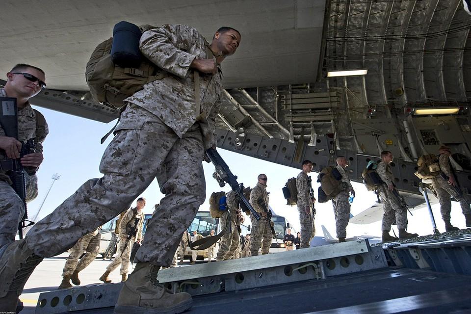 США должны полностью вывести войска из Афганистана, куда вторглись почти 20 лет назад