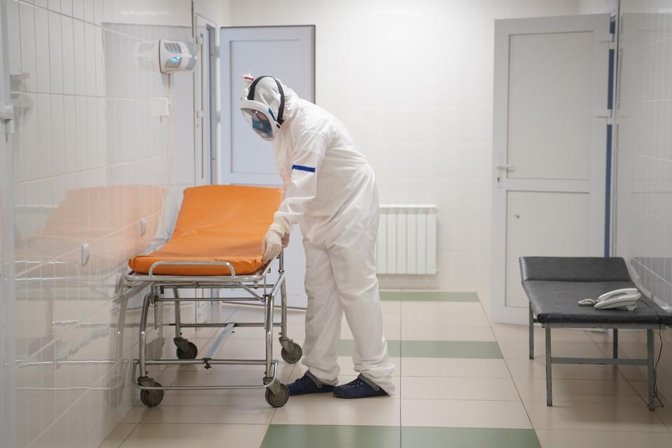 Еще один пациент с коронавирусом скончался в Кузбассе