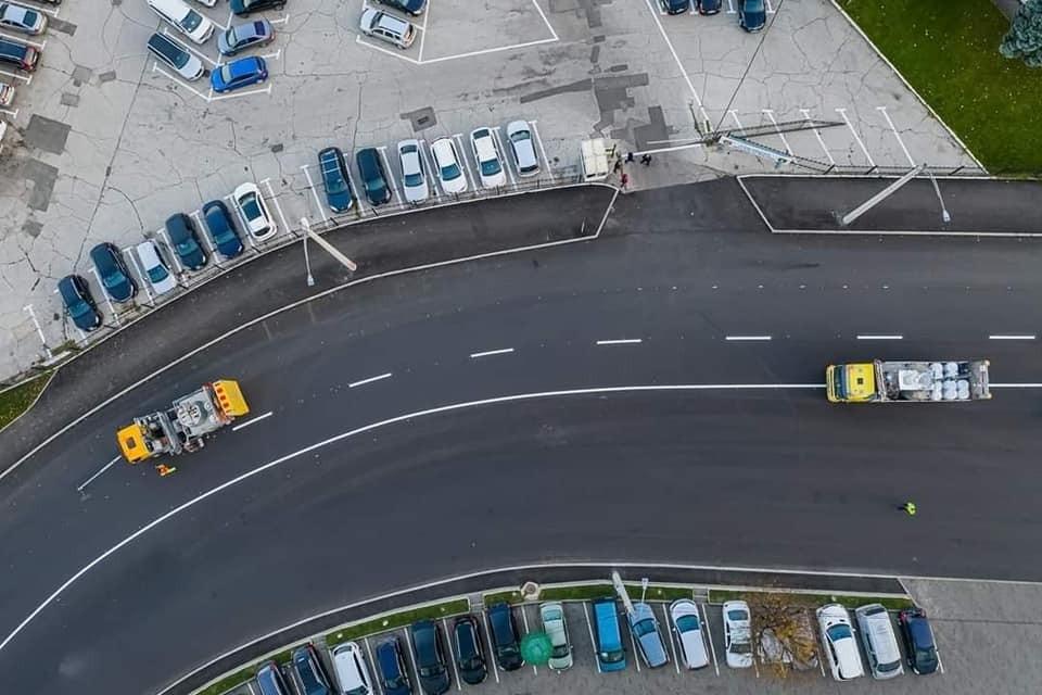 Специалисты из примэрии Кишинева и из Госадминистрации дорог проверили, в каком состоянии находится улица Албишоара после неблагоприятных погодных условий. Фото:ionceban.md