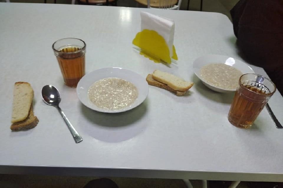 Спортсменов из Читы кормят очень скудно. Фото: https://www.facebook.com/profile.php?id=100010867306531
