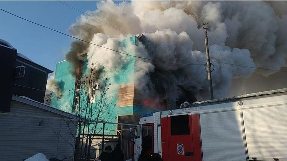 Все имущество владельцев компаний сгорело. Фото: пресс-служба ГУ МЧС по Омской области