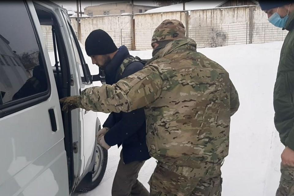 Группу мужчин из Новосибирска и Томска обвиняют в содействии терроризму. Фото: УФСБ по Новосибирской области