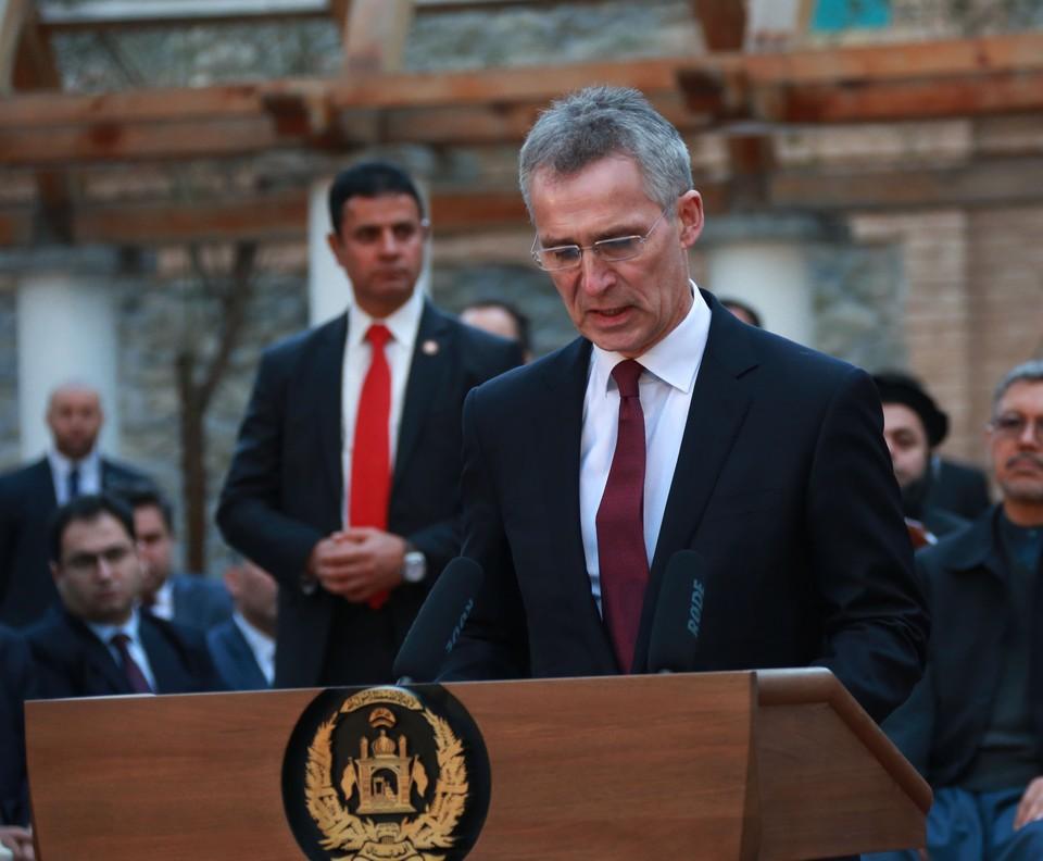 Йенс Столтенберг утверждает, что НАТО готов как к конфронтации с Россией, так и к взаимодействию