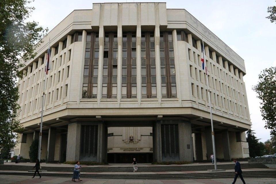 По мнению политолога, представители международных организаций не приедут в российский Крым