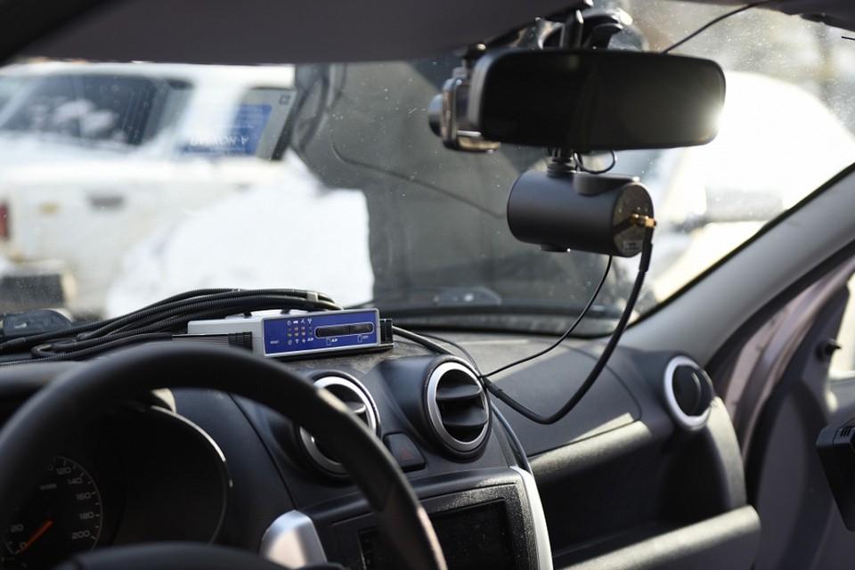 Система будет фиксировать нарушения и передавать данные для назначения штрафов владельцам авто. Фото: admkirov.ru