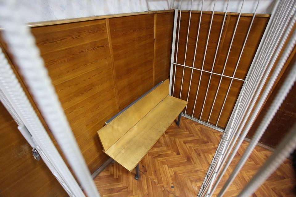 В Приморье состоялся суд над водителем автобуса, который пытался вывезти из России более 10 килограммов женьшеня