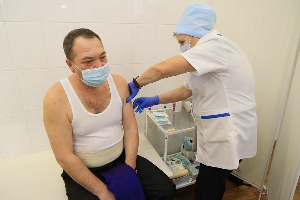 В крае продолжается вакцинация от коронавируса.