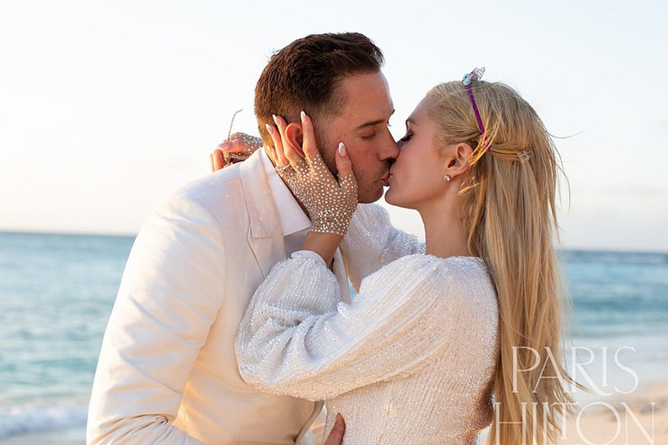 Пэрис объявила, что выходит замуж за своего бойфренда Картера Реума. Фото: Инстаграм.