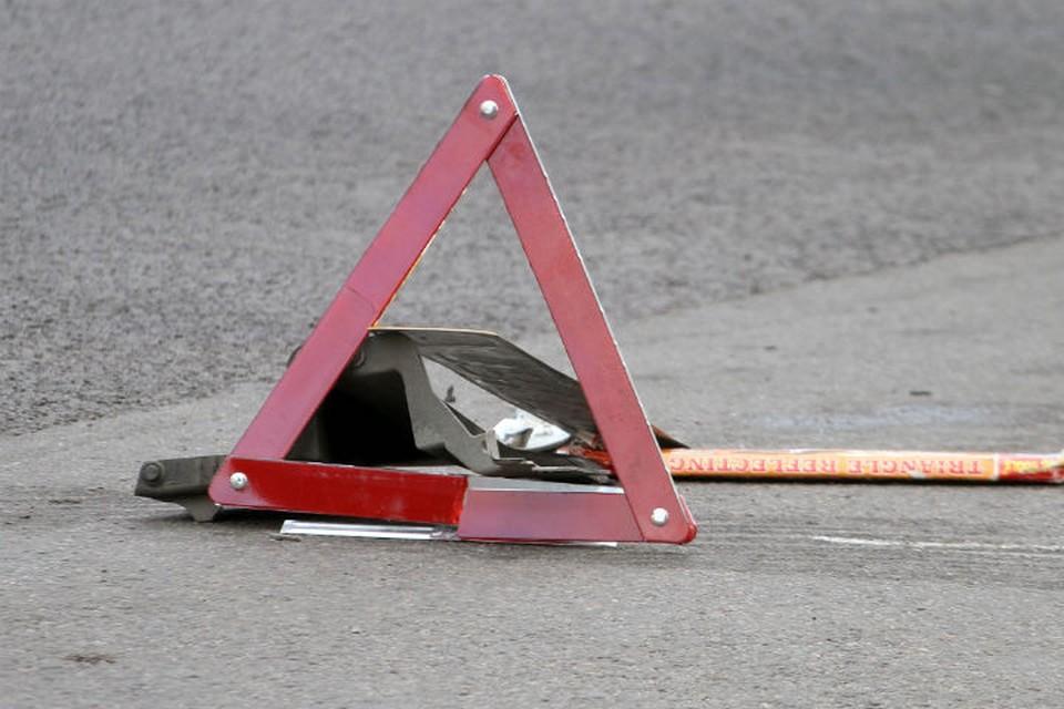 На трассе Тара – Усть-Ишим с аварию попал автобус с пассажирами.