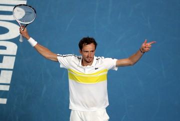«Я должен был победить не только соперника, но и зрителей»: Медведев прошел в финал Australian Open