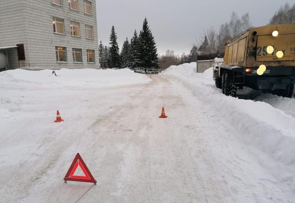 Мужчина на «Урале» сбил 71-летнюю пенсионерку. Фото: Госавтоинспекция по Новосибирску