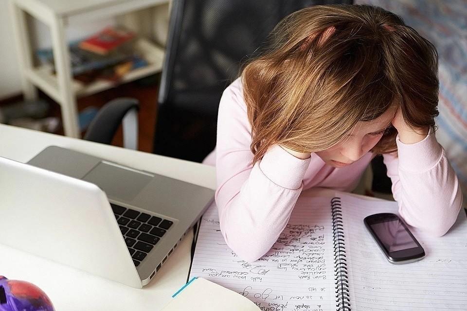 Случаев кибербуллинга среди детей стало больше из-за пандемии