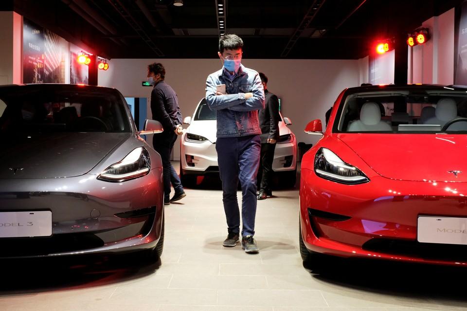 Tesla приостановила продажи Model Y