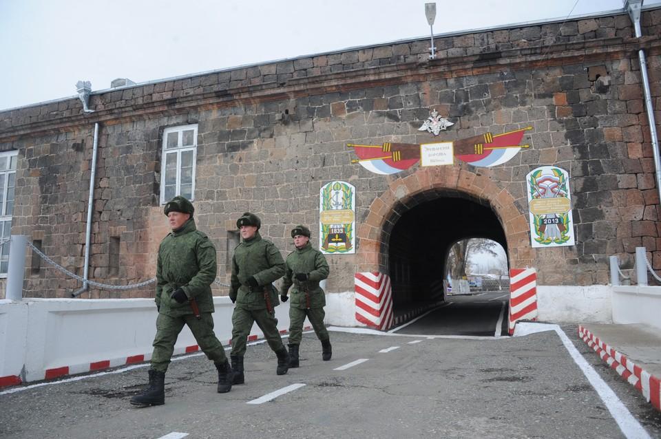 Армения заинтересована в усилении военной базы России в Гюмри