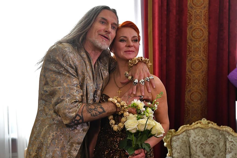 Никита Джигурда и Марина Анисина вновь сочетались браком.
