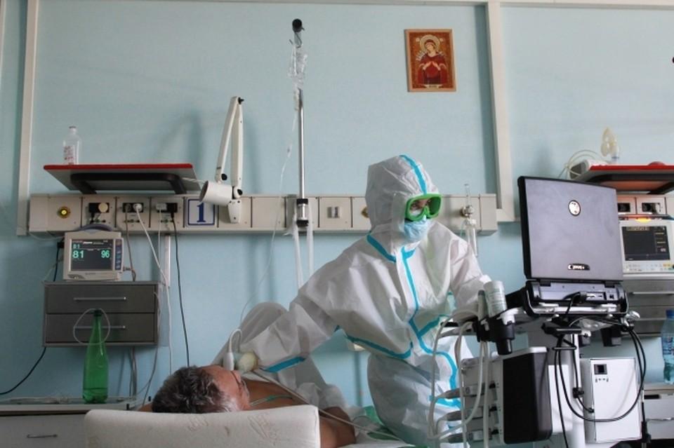 В стационарах с пневмонией и коронавирусом 1448 пациентов