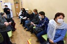 Вакцины нет, но вы держитесь: Распространение коронавируса в Крыму снижается