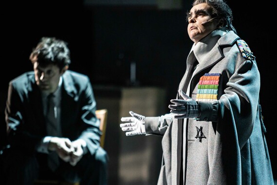 Спектакль добрый, грустный и талантливо склеенный. Фото: mbronnaya.ru