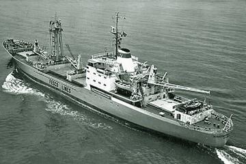 «Оставили жизни в море»: ровно 40 лет назад во время шторма потерпел крушение теплоход «Комсомолец Находки»